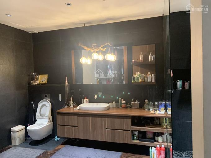 Gia đình cần bán căn góc 82 Nguyễn Tuân, 95.02m2, giá 3.6 tỷ có thương lượng, bao toàn bộ phí ảnh 0