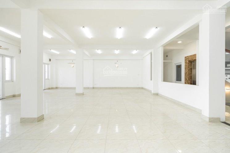 Độc nhất 1 toà nhà văn phòng góc 2MT Trương Công Định - Bàu Cát, 9x18m, 8 lầu, 56 tỷ ảnh 0