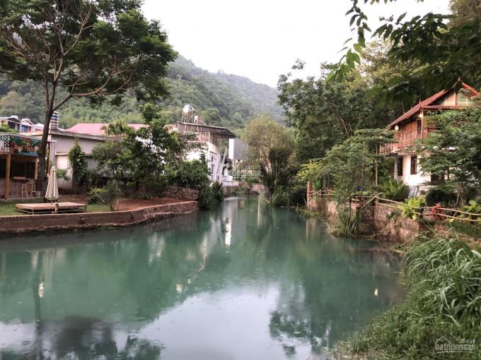 Siêu phẩm lô góc 3352m2 bám suối 40m đẹp long lanh tại thị trấn Mộc Châu ảnh 0