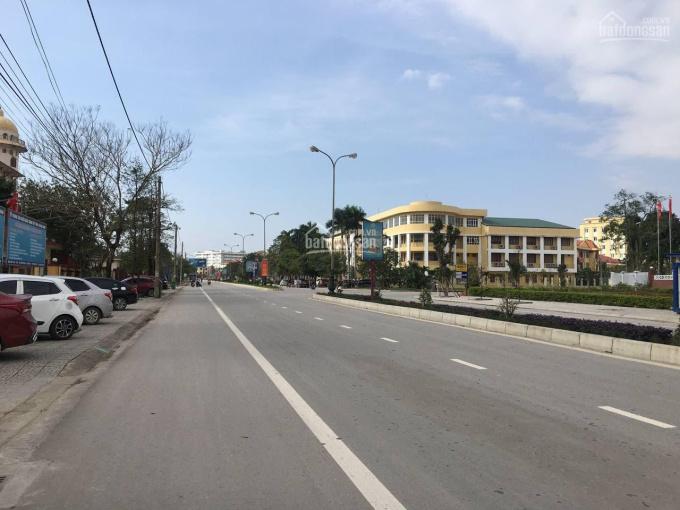 Đất trung tâm TP Đồng Hới, mặt tiền kinh doanh đường Hữu Nghị. LH 0906095617 ảnh 0