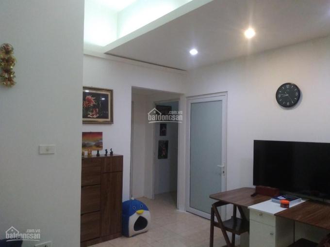 Chính chủ bán căn chung cư 68m2, phố Phương Liệt, Q. Thanh Xuân phù hợp gia đình có con đi học ảnh 0