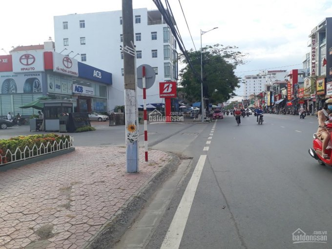 Cần bán gấp 2 căn nhà trong ngõ số 14 đường Lạch Tray, gần nhà máy Toyota, Ngô Quyền, Hải Phòng