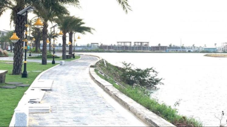 Chuyển nhượng lô đất làm căn hộ đẹp 2 mặt tiền, cách biển 150m ngay biển Võ Nguyên Giáp ảnh 0