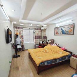 Bán nhà ngõ 209 Đội Cấn, quận Ba Đình, 5T, MT 3.9m, nhỉnh 4 tỷ, ngõ hơn 3m, thông, gần Hồ Tây ảnh 0