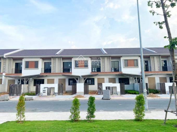 Bán nhà khu Sun Casa Central Vsip II mở rộng Bình Dương 100m2 giá chủ đầu tư bank hỗ trợ 70% ảnh 0
