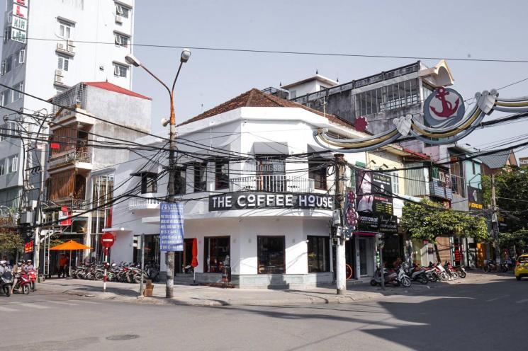 Cho thuê nhà mặt phố Lương Khánh Thiện, 5 tầng, thang máy ảnh 0