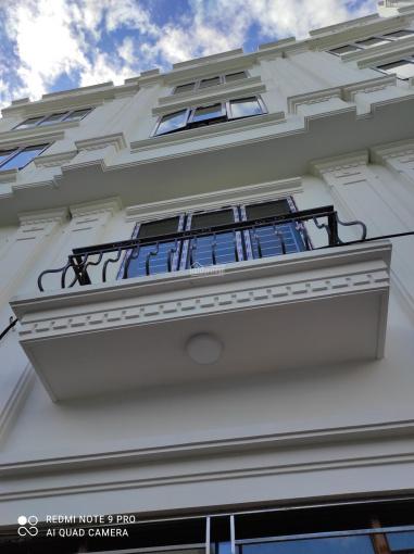 Bán nhà 2.15tỷ ngã tư vòng xuyên Lê Trọng Tấn - Dương Nội, xây 4 tầng*35m2, 2 mặt thoáng 0975736182 ảnh 0