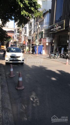 Cho thuê nhà riêng phố Hoàng Cầu - Đống Đa, dt 75m2 x 5T, mt 7m nhà đẹp ô tô đỗ cửa giá 30 triệu/th ảnh 0