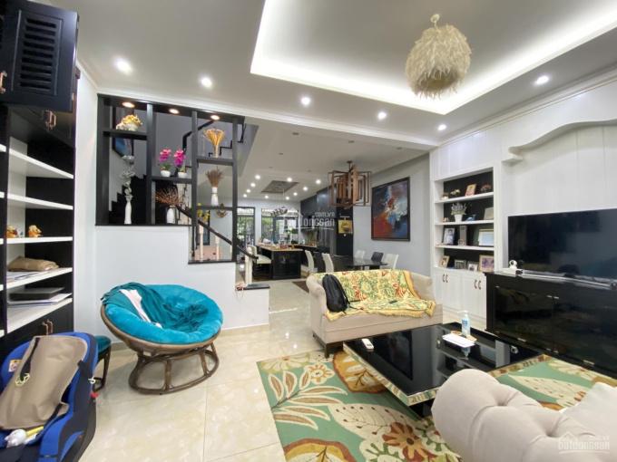 Giá 20triệu Phố Đông Village Q2 DTSD 300m2 nội thất đầy đủ sang trọng ảnh 0