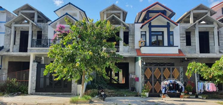 Nhà thô 2 tầng mái Thái, đường 19.5m ảnh 0