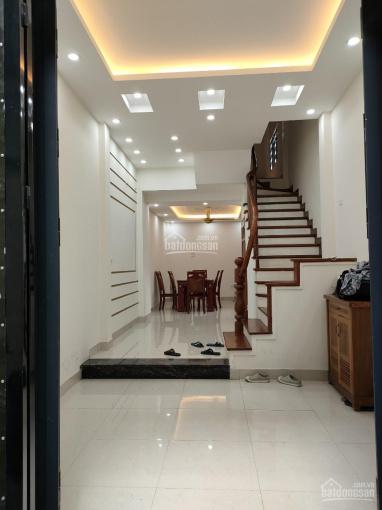 Chính chủ bán nhà phố Vũ Ngọc Phan 45m2, 5 tầng - dân trí cao - gần trường học - ngõ thông ảnh 0