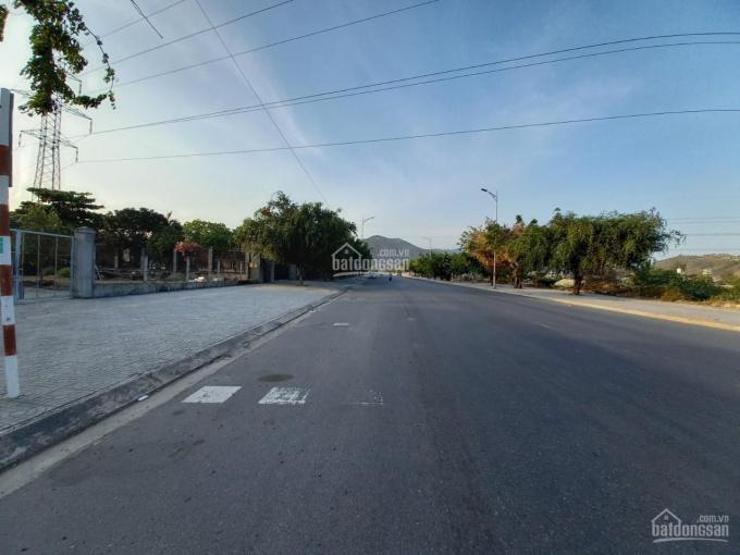 Nhà phố liền kề TP. Bà Rịa, P. Kim Dinh, dự án 2 mặt tiền đường chính QL51 - Lê Đại Hành! ảnh 0