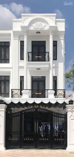 Chính chủ cần bán căn nhà 1 trệt 2 lầu gần chợ Phú Hòa. Giá ngộp mùa dịch ảnh 0