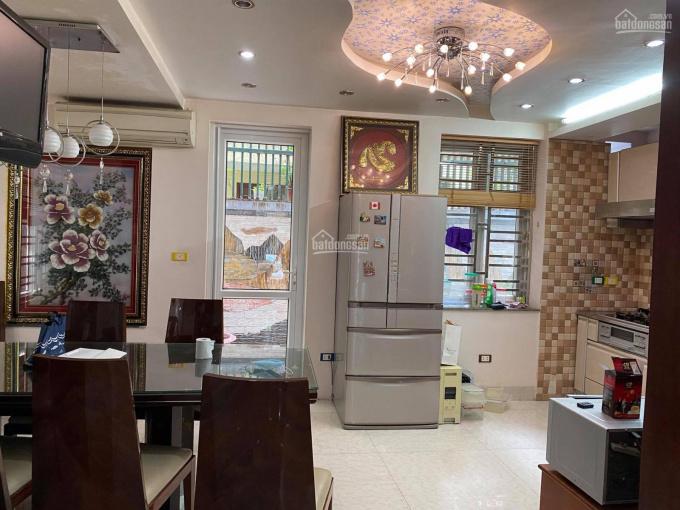 Cho thuê biệt thự ở Mễ Trì Thượng 156m2, xây 4 tầng, đủ nội thất, 35 triệu LH Phú Trần: 098.9585039 ảnh 0