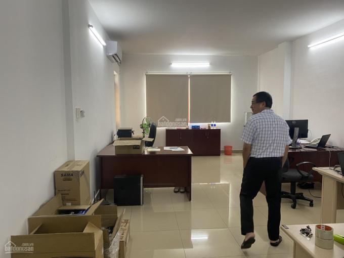 Cho thuê nhà MT Yên Thế, Phường 2, Tân Bình, 6x20m, trệt 3 lầu, gara ô tô - giá thuê 28 tr/th ảnh 0