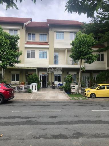 Chính chủ bán biệt thự liên kế vườn đang có doanh thu 16 triệu/tháng tại Oasis, Thuận An, BD ảnh 0