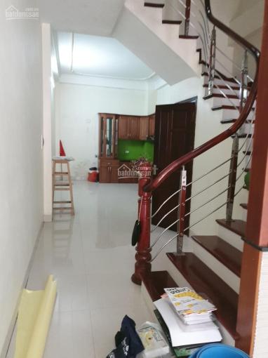Cho thuê nhà riêng Nguyễn Xiển DT 60m2 x 4 tầng, ô tô đỗ cửa làm vp, kho hàng, ở - 13 triệu/th ảnh 0