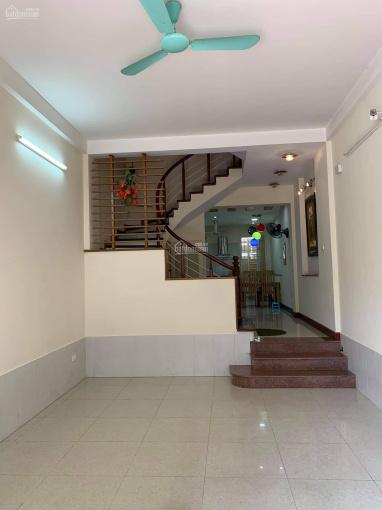 Chính chủ cho thuê căn nhà mới 5 tầng tại đầu phố Chùa Láng ảnh 0
