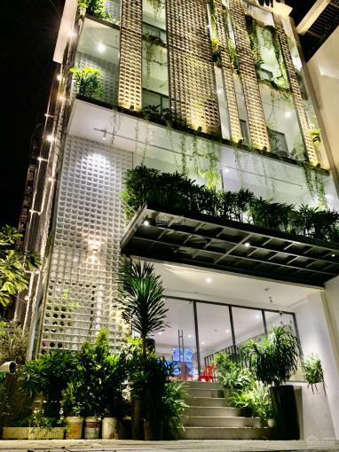 Bán tòa nhà căn hộ dịch vụ Nguyễn Thị Định hầm 6 lầu HDT 350tr. DT: 10x30m nở hậu giá 52 tỷ TL ảnh 0