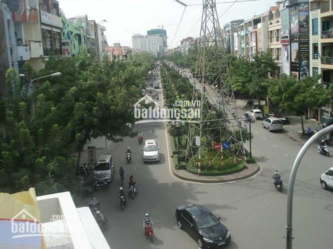 Cần bán căn góc 2 mặt tiền Phan Xích Long, P. 2, Phú Nhuận, DT 16x17m, Hầm 3 lầu, HĐT 310 triệu/th ảnh 0