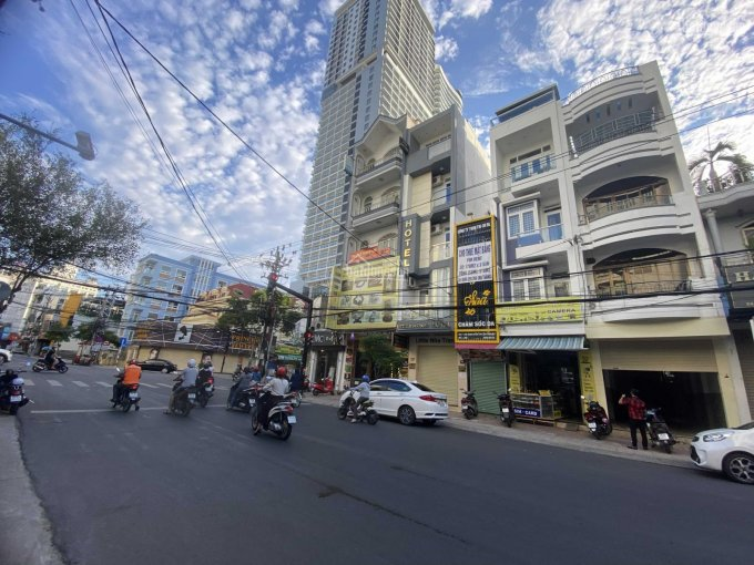 Nhà 3,5 tầng Nguyễn Thiện Thuật, ngay ngã tư với Minh Khai, 18 tỷ ảnh 0