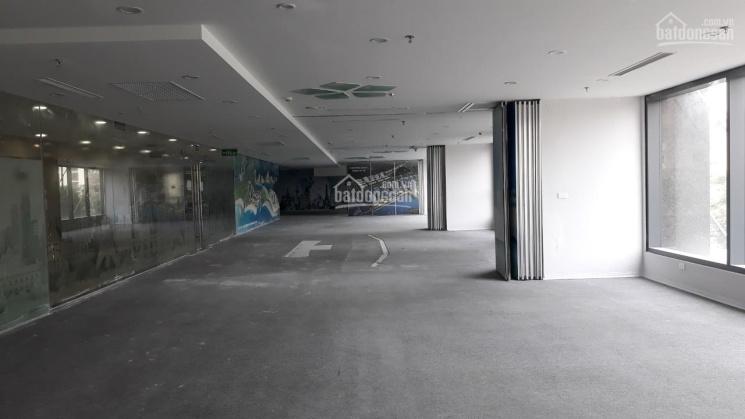 Cần bán gấp 250m2, 400m2 văn phòng view góc, mặt đường Láng Hạ. Lh Ms Tú 0909300***