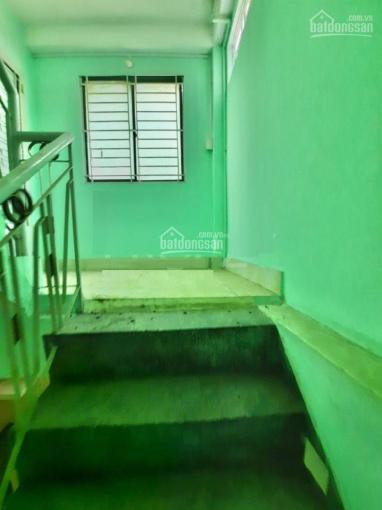 Nhà căn góc Q10 - 3 tầng/4PN giá chỉ 12tr/tháng ảnh 0