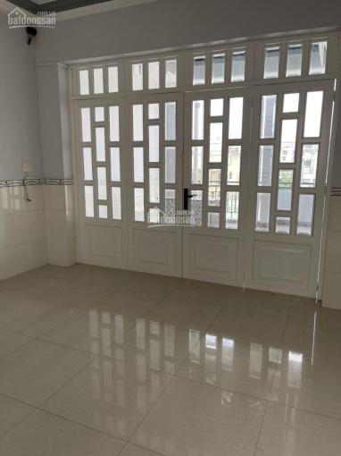 Nhà Tân Sơn Nhì, 4x20(m), 2 lầu, sân thượng, giá 16tr ảnh 0