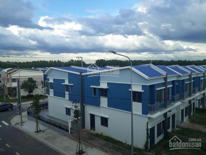 Bán biệt thự liền kề trung tâm thành phố Bến Cát đối diện trường Đại Học Quốc Tế Việt Đức ảnh 0