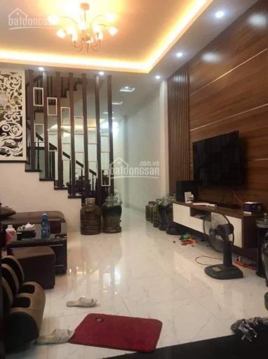 Bán nhà hiếm Chùa Láng, Đống Đa, 53m2 x 4 tầng, ô tô 30m, kinh doanh, 3.95 tỷ TL 0333649396 ảnh 0