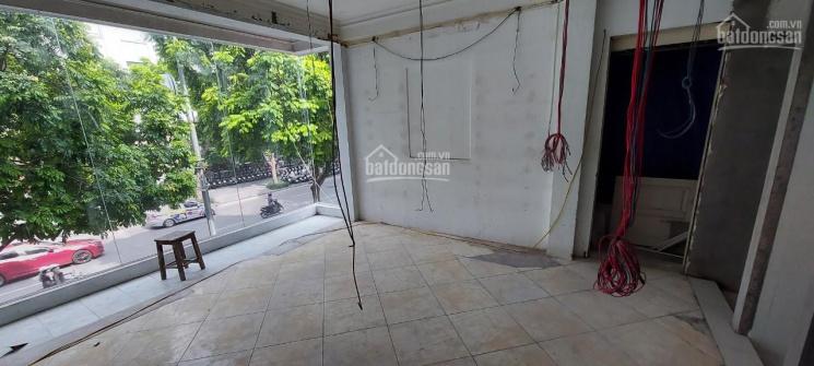 Độc quyền cho thuê cửa hàng phố Bà Triệu, DT 50m2 x 2 tầng, MT 9m, giá 80 triệu/tháng ảnh 0