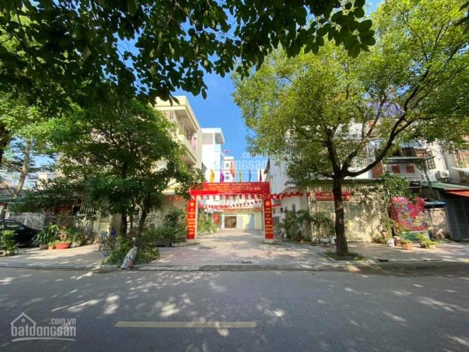 Chính chủ đất Văn La sẵn nhà 2 tầng, 3 mặt tiền ô tô đỗ cửa, DT 44m2, giá hơn 3 tỷ, LH 0969740263 ảnh 0