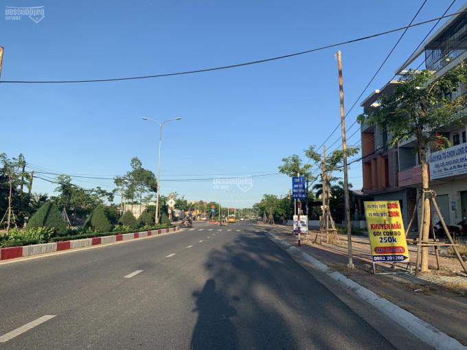 Bán đất hai MT đường nhựa, vỉa hè, cách chợ Long Điền - Bà Rịa 300m, DT 90m2 full TC, giá 1.7 tỷ ảnh 0