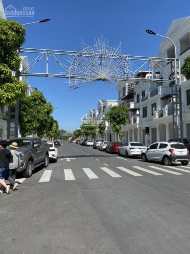 Chính chủ cần bán gấp căn shophouse xẻ khe Vinhomes Marina Cầu Rào 2, 105m2 chỉ 10,5tỷ kinh doanh