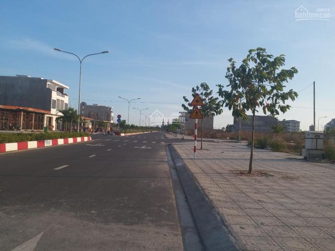 Đất ngay trung tâm thị trấn Trảng Bom, sổ riêng, đối diện trường học, 1,4 tỷ/90m2, LH 0972.094.730 ảnh 0