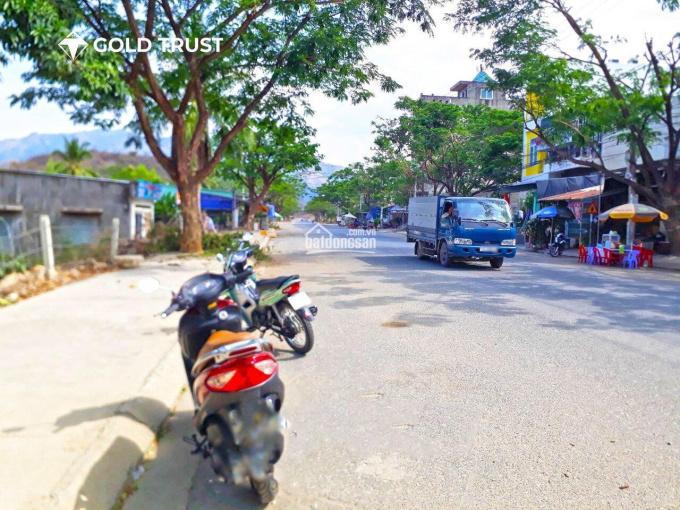 Bán lô đất góc 2 mặt tiền kinh doanh đường nhựa rộng 16m và 13m thuộc TĐC Đất Lành - Vĩnh Thái ảnh 0
