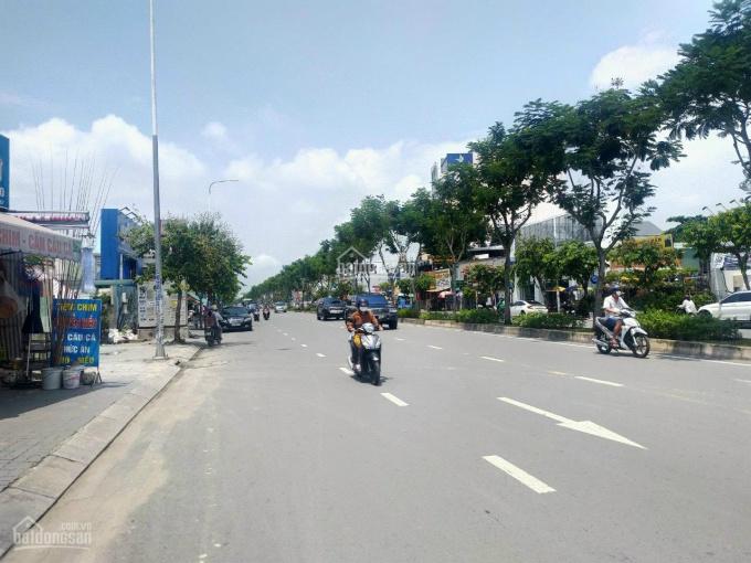 MT Nguyễn Duy Trinh, 10 *35m, đoạn đẹp nhất phường Long Trường, giá 33.5 tỷ ảnh 0