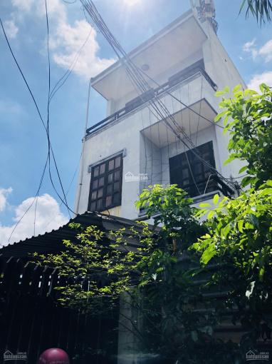 Hàng ngộp nhà 1 trệt 2 lầu, gần ngã tư Thủ Đức, cho thuê 90tr/năm, DT 104m2, giá 5.3 tỷ, SHR ảnh 0