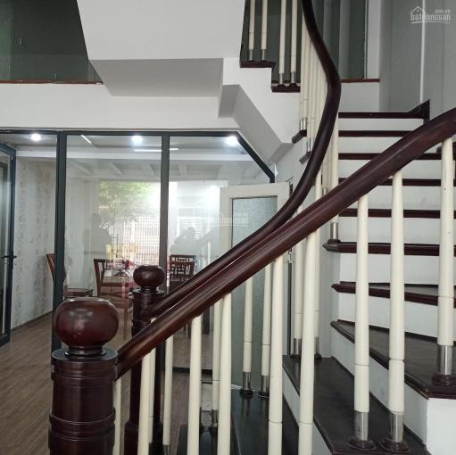 Bán nhà Nguyễn Văn Huyên, Cầu Giấy, 70m2, 6 tầng thang máy, KD, mặt tiền 5m, ô tô tránh, hơn 12 tỷ ảnh 0