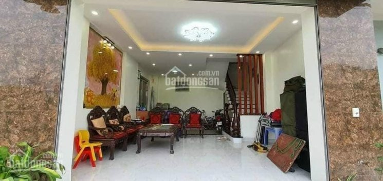 Nhà Nguyễn Thái Học, Hà Đông 3 tầng, 55m2 vuông vắn, ô tô vào nhà, xát mặt chợ vồ. Giá: 4,1 tỷ ảnh 0