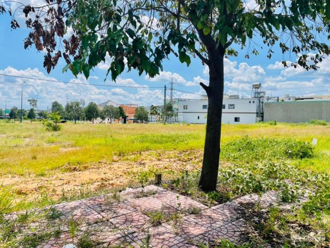 Đất ngay mặt tiền khu kinh doanh hiện hữu sầm uất DK10 Mỹ Phước 3, giá 1,8 tỷ sổ hồng ảnh 0