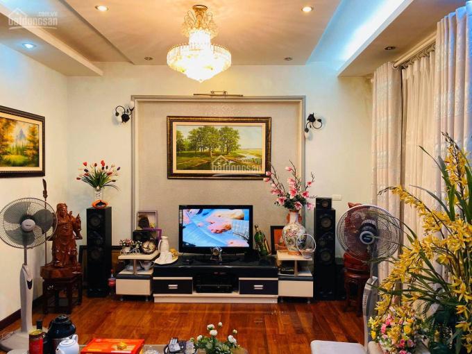 Bán nhà gần Phố Văn Cao - Ba Đình - 3 mặt thoáng - DT 72m2, 5T, nhỉnh 8 tỷ ảnh 0