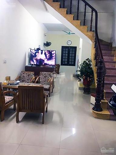 Cho thuê nhà riêng ngõ 12A Phố Lý Nam Đế, ngõ rộng rãi, nhà mới, đẹp, 50m2 x 4 tầng, giá 11tr/th ảnh 0