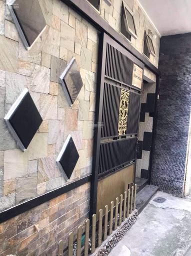Chủ cần bán gấp nhà hẻm đường Nguyễn Thị Minh Khai, Quận 1 để đi định cư giá chỉ 5.4 tỷ ảnh 0