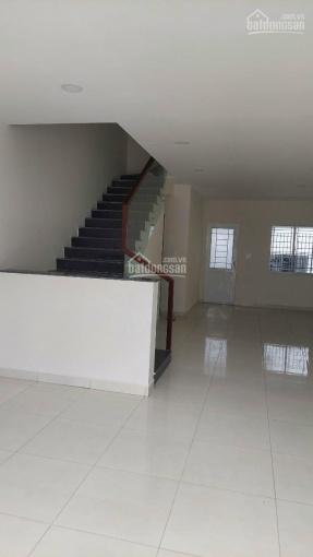 Chính chủ kẹt tiền nên cần bán gấp căn nhà trong trung tâm Ecolakes. Giá gấp 2 tỷ xxxtr ảnh 0