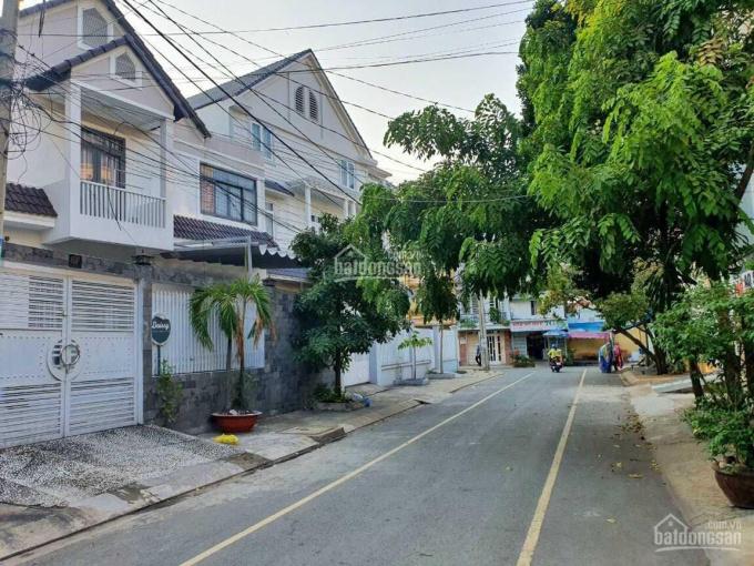 Bán nhà hẻm xe hơi Huỳnh Tấn Phát, Q7. DT: 5 x 20m, CN: 100m, cho thuê 25tr/1 tháng, giá: 7,6 tỷ ảnh 0