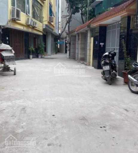 Bán đất Hữu Hòa - Thanh Trì, 60m2, mặt tiền 3.6m, 3.3 tỷ, ngõ thông ô tô, kinh doanh, ô tô vào nhà ảnh 0