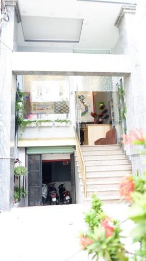 Cho thuê MB + 19 phòng, 21 wc ngay Nguyễn Trãi - Quận 1 ảnh 0