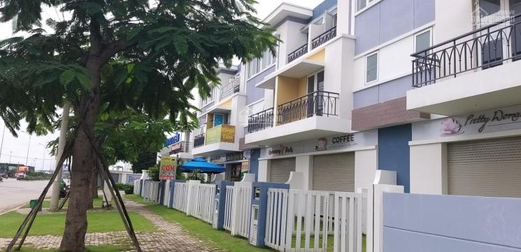 Bán gấp căn nhà phố thương mại 3 tầng KDC Khang Điền TP Thủ Đức dt đất 136m2, 8 tỷ. LH 0902561411 ảnh 0