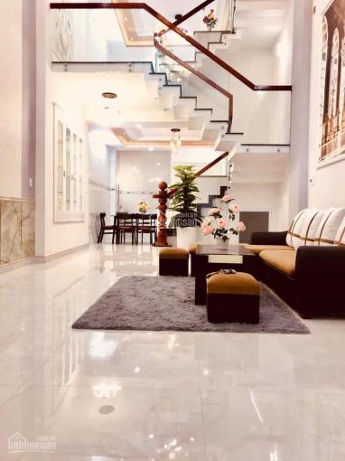 Bán nhà mặt tiền đường Nguyễn Trãi, phường 2, quận 5, DTSD: 210m2, trệt 3 lầu, giá 28 tỷ ảnh 0